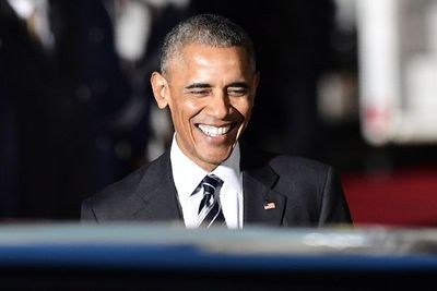 Obama regresa a la arena política en apoyo a candidatos demócratas