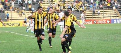 Luqueño y Guaraní punteros del Clausura