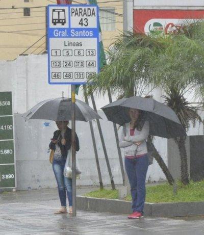 Frente frío: lluvias y temperatura de 12°C