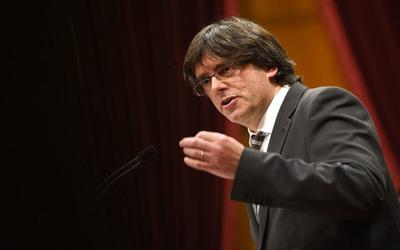 Rechazan medidas propuestas por Mariano Rajoy para intervenir en Cataluña