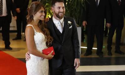 Messi ahora juega en la división de casados
