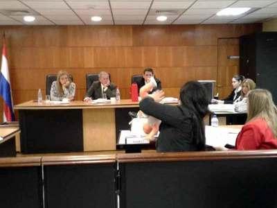Madre es culpable de la muerte de bebé, dice tribunal