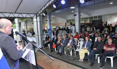 Interesantes actividades en la Feria Internacional del Libro de Alto Paraná