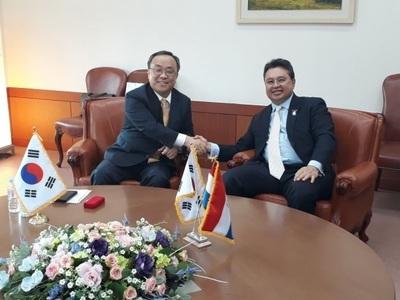 Corea del Sur con intenciones de iniciar acuerdos comerciales con el Mercosur