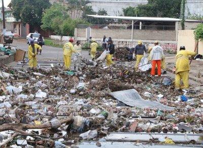 Planilleros de la Junta podrían juntar basura