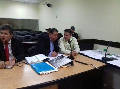 Presentan pruebas contra Neneco Acosta