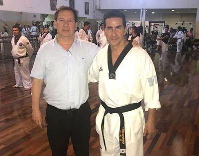 El Maestro de Taekwondo Marco Prado dio curso de arbitraje