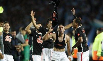Libertad e Independiente con la historia que Flamengo y Junior escriben