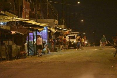Casilleros bloqueanla Avenida Rodríguez de Francia