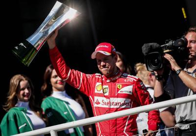 Sebastian Vettel triunfa en el GP de Brasil