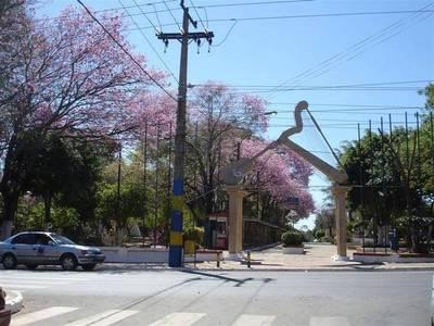 Anuncian asfalto para 20 tramos interurbanos de Luque