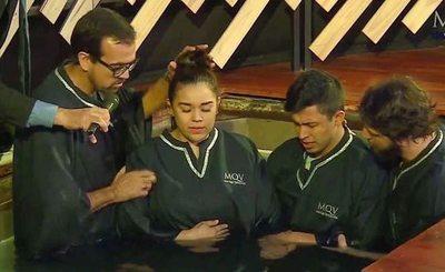 ¡Coco Bordón y su doña se bautizaron!