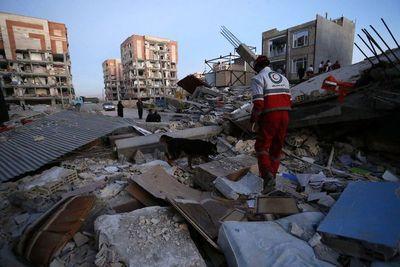 Un violento sismo deja 213 muertos en Irán e Irak
