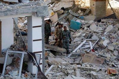 Terremoto en Irán causa más de 400 muertos