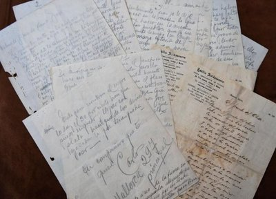 Subastan desconocidas cartas de puño y letra de Carlos Gardel
