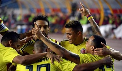 Colombia se da un festín ante la aturdida China de Lippi