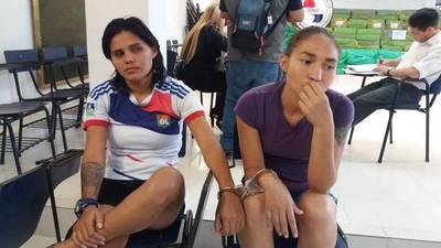 Dos futbolistas de Bolivia caen con droga que iba a ser enviada a India