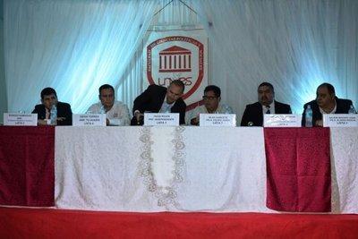 Precandidatos en Guairá debatieron sobre crisis en Gobernación