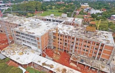 Obras avanzan a buen ritmo: IPS Ingavi estaría listo entre marzo y abril de 2018