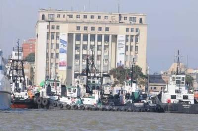 Más de mil contenedores paraguayos varados en Uruguay