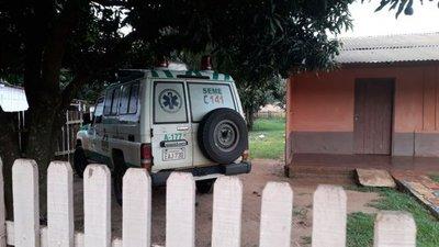 Denuncian que ambulancia amaneció en casa particular