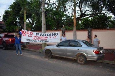Orden de disipar escrache contra González Daher