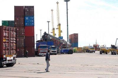 Apuran solución para cargas paraguayas en Montevideo