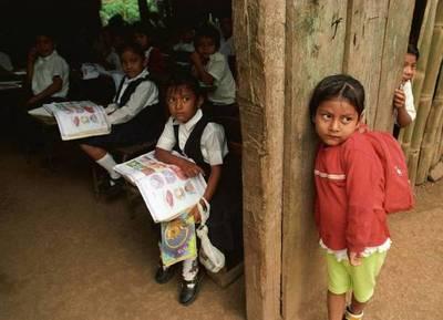 En Paraguay, la mitad de los niños que viven en las zonas rurales son pobres