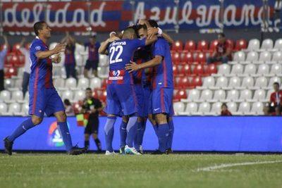Cerro Porteño goleó ayer a Rubio Ñu y se acerca al título