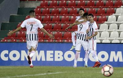 Libertad logró imponerse a Independiente en Sajonia