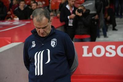 Marcelo Bielsa suspendido en el Lille