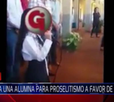 Sumarian a directora de escuela donde niña vitoreó al Partido Colorado