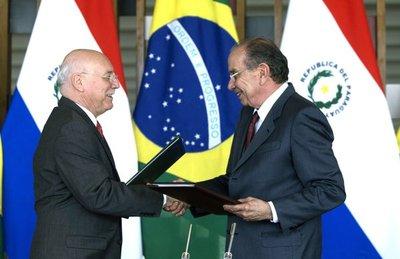 Paraguay y Brasil acuerdan dinamizar relacionamiento entre comunidades fronterizas