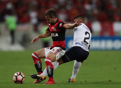 Flamengo lo dio vuelta y pasa al frente ante Junior
