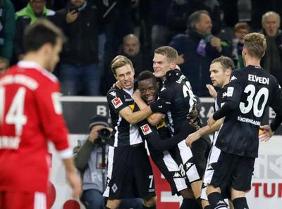 El Gladbach sorprendió al líder de la Bundesliga