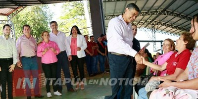 LA SAS ENTREGÓ TARJETAS DE DÉBITO A CASI 700 FAMILIAS DE TEKOPORÃ EN TOMÁS R. PEREIRA