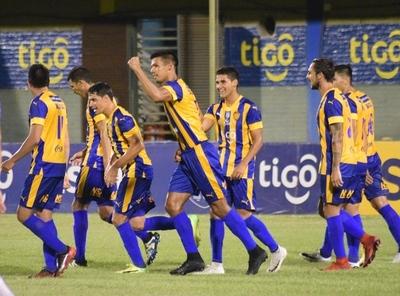 Luqueño golea y pelea por un lugar en la Sudamericana