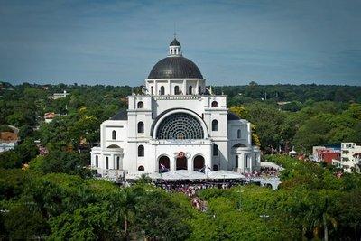 Caacupé: Un nuevo obispo en la misa central tras 22 años