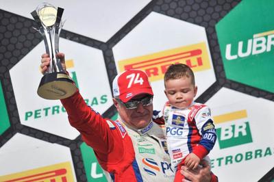 Odair Dos Santos obtiene  título en marcas Trophy