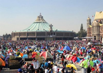 México: Miles de peregrinos llegan a la Basílica de Guadalupe