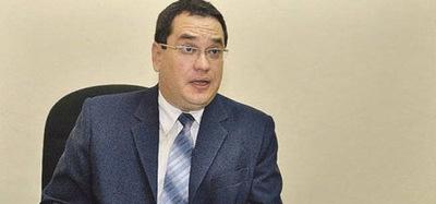 Exministro de la Niñez de Franco irá a juicio oral