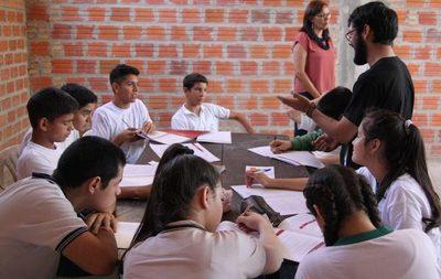 Más de 1000 jóvenes fueron capacitados en Educación financiera