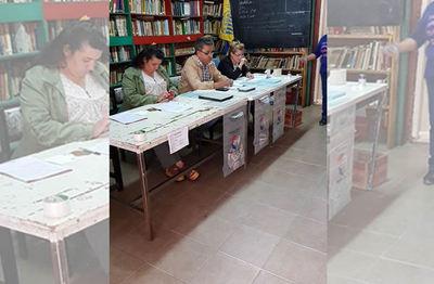 Elecciones coloradas en Argentina se desarrollan con normalidad