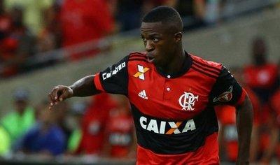 Vinicius quiere incorporarse al Real Madrid a finales de 2018