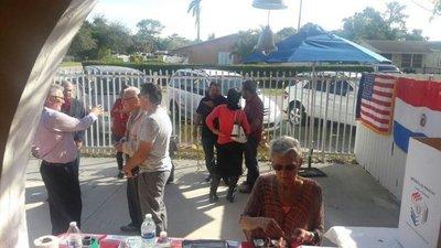 Colorados votan en Miami