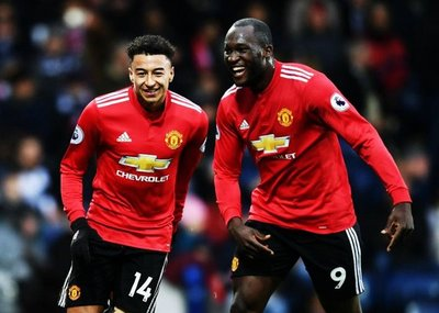 Manchester United festeja ante el West Bromwich