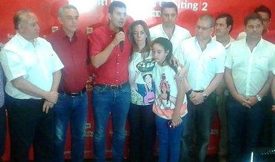 Peña reconoce derrota y anuncia que trabajará por el Partido Colorado