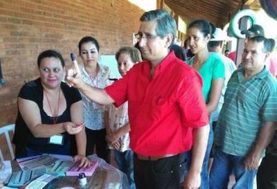 Juan Carlos Vera, a la cabeza por la gobernación de Guairá