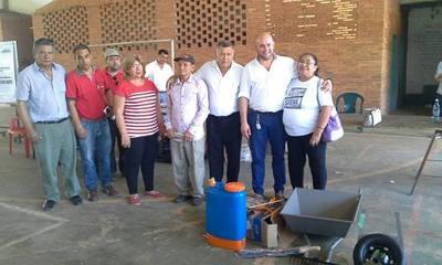 MAG entrega insumos a productores de San Pedro