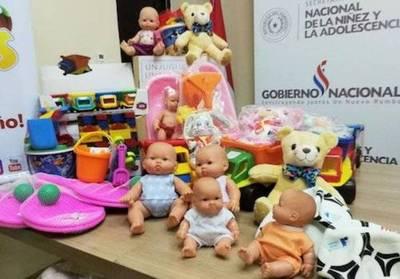 Donan 700 juguetes para regalar a niños en fiestas de fin de año y Reyes